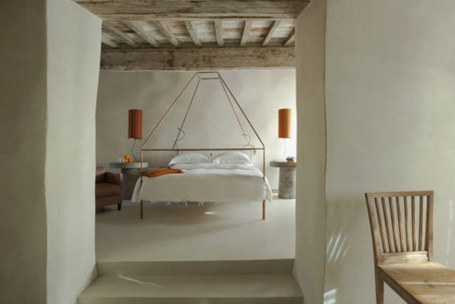 In/Out - OUT/ABOUT: Hotel Monteverdi